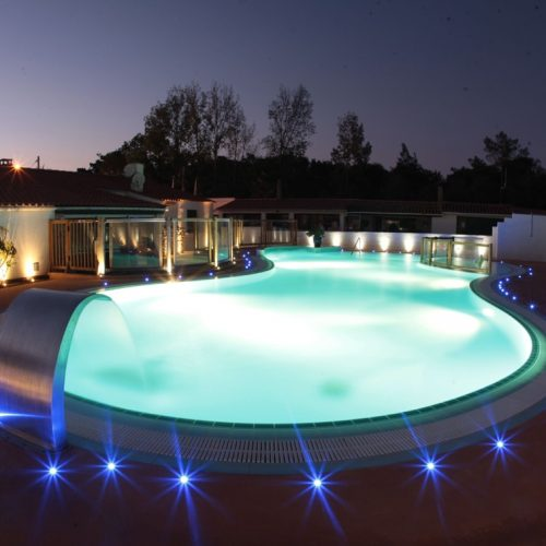 camping-les-cercelles-piscine-2